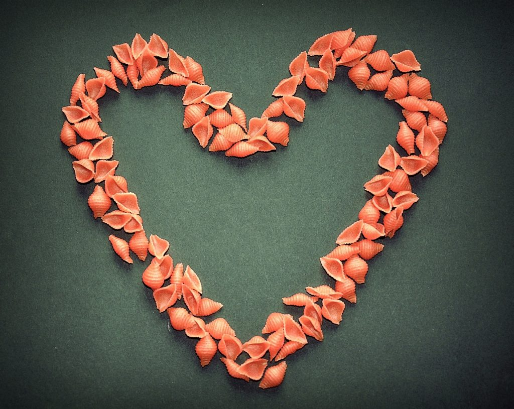 pasta lover, a heart made by pasta